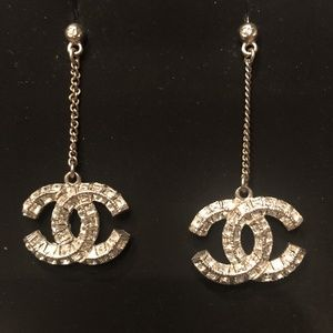 CHANEL crystal drop earring